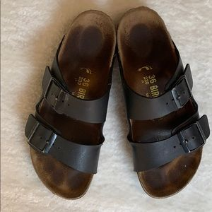 Birkenstock's Arizona soft footbed Sandal